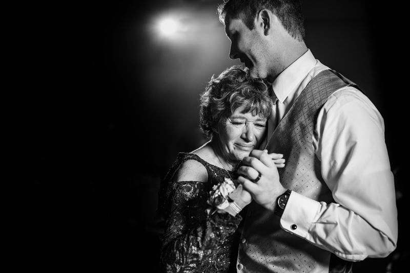 mother son dance at legend of the bergamont in Oregon Wisconsin